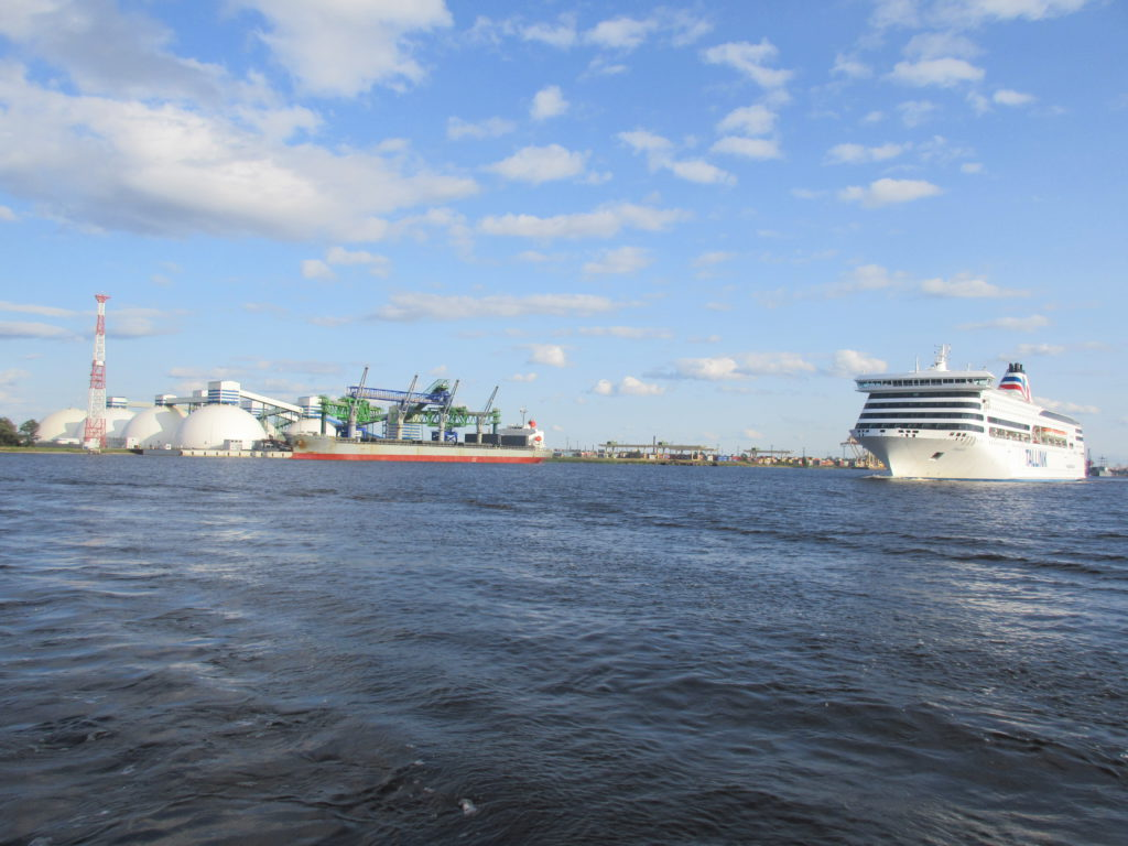 rivier cruises